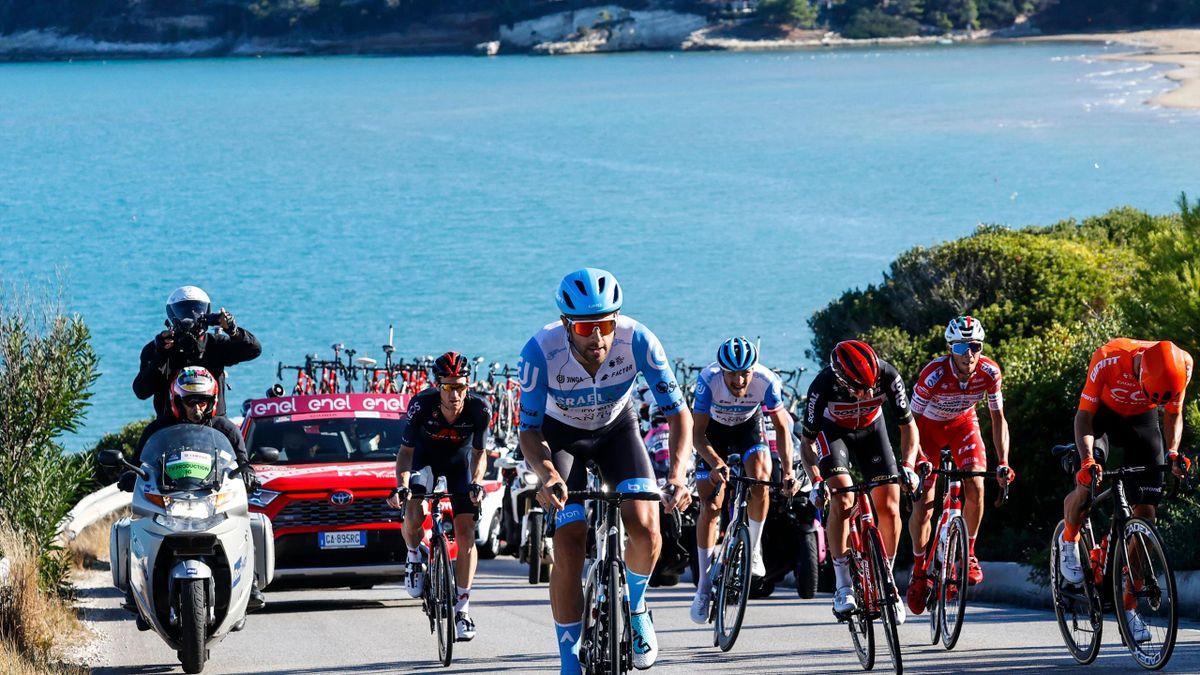 Alex Dowsett a câștigat etapa din Giro cu final la Vieste