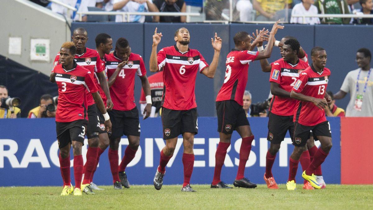 Können sich auf's Viertelfinale freuen: Die Spieler von Trinidad und Tobago beim Gold Cup