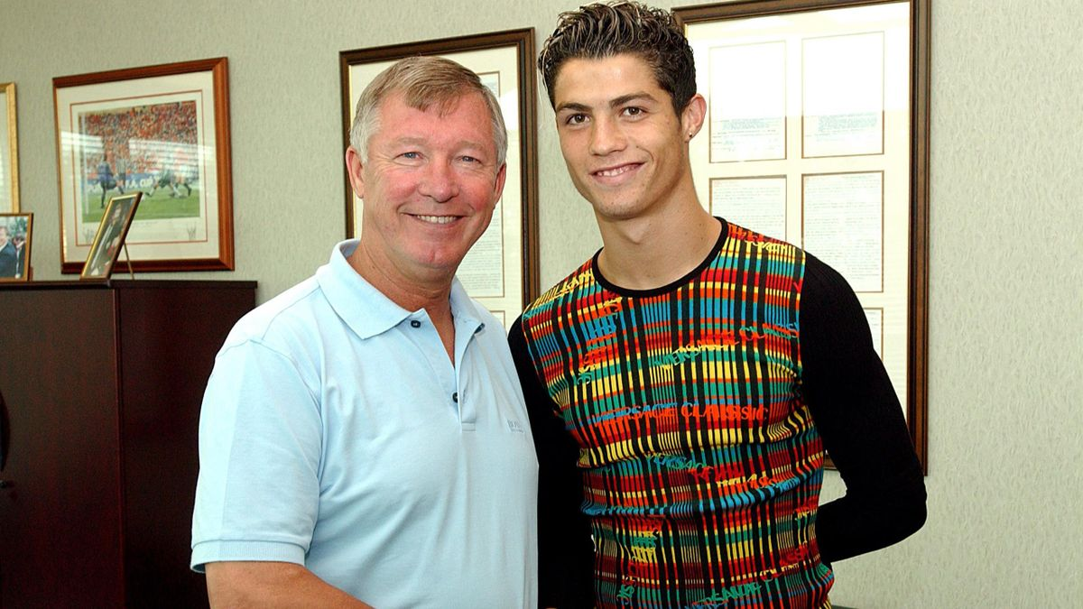 Sir Alex Ferguson greets Cristiano Ronaldo – August 12, 2003