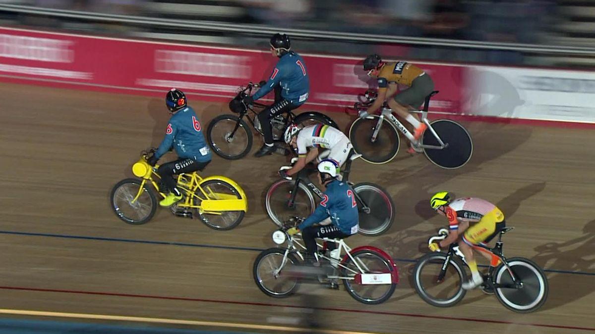 Six Day London - Day 1 - Men 40 Laps Derny Race 1