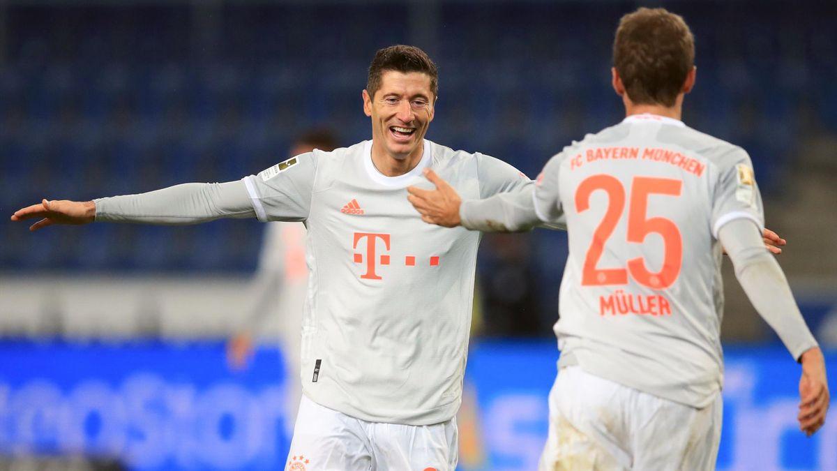 Der FC Bayern München musste sich vor dem Spiel bei Arminia Bielefeld in einer Schule umziehen