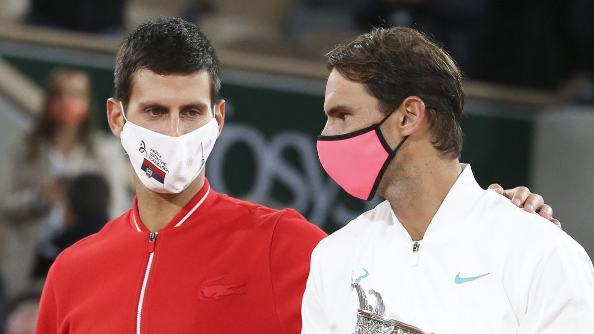 Novak Djokovic (L) and Rafael Nadal (R)