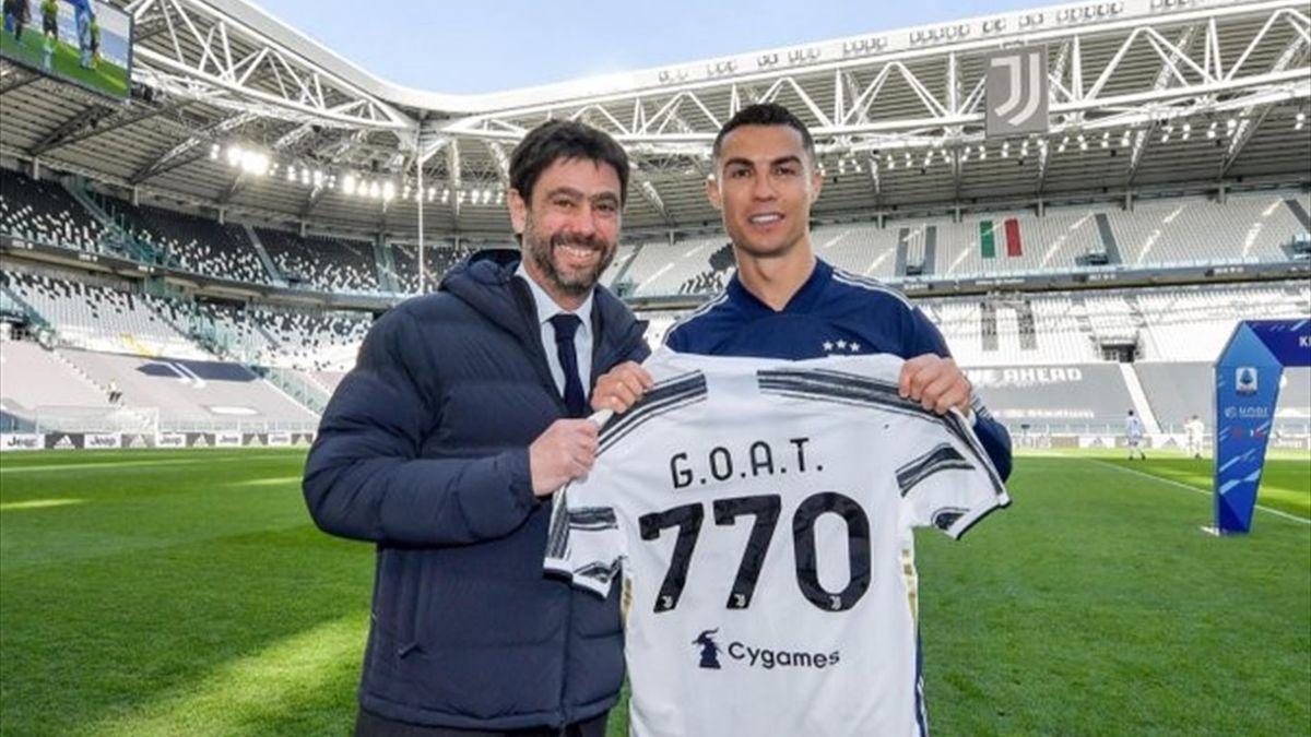 Cristiano Ronaldo posa insieme ad Andrea Agnelli, Credit Photo Twitter @Juventus