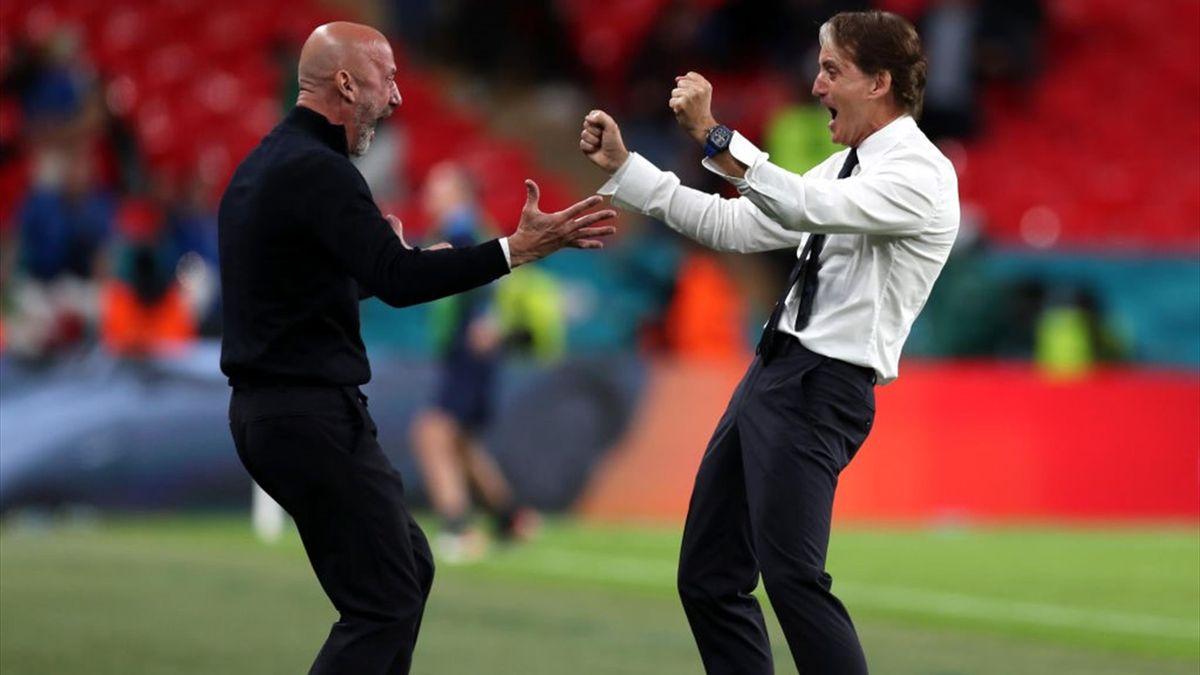 Gianluca Vialli e Roberto Mancini - Italia-Austria - Euro 2020
