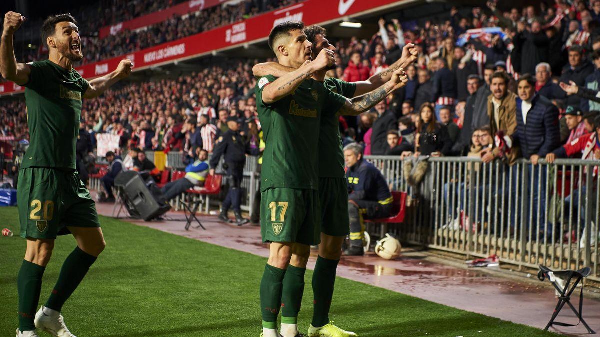 Yuri Berchiche of Athletic Bilbao celebrates scoring his team's goal during the Copa del Rey Semi Final second leg match between Granada CF and Athletic