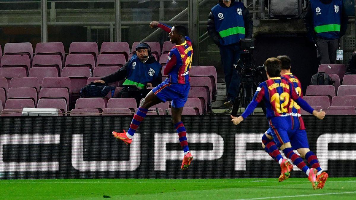 Ousmane Dembélé celebrando su gol ante el Valladolid