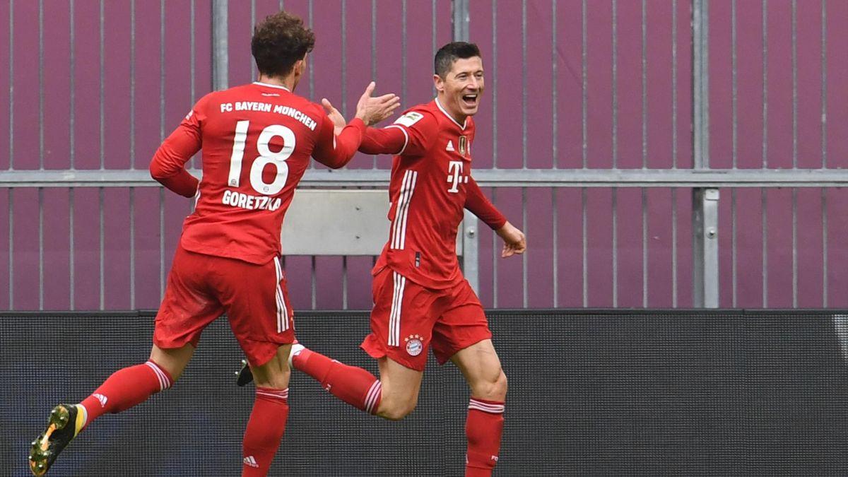 Leon Goretzka (links) und Robert Lewandowski - FC Bayern München