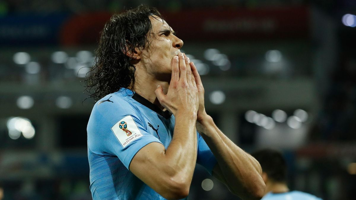Edinson Cavani, double buteur avec l'Uruguay contre le Portugal.