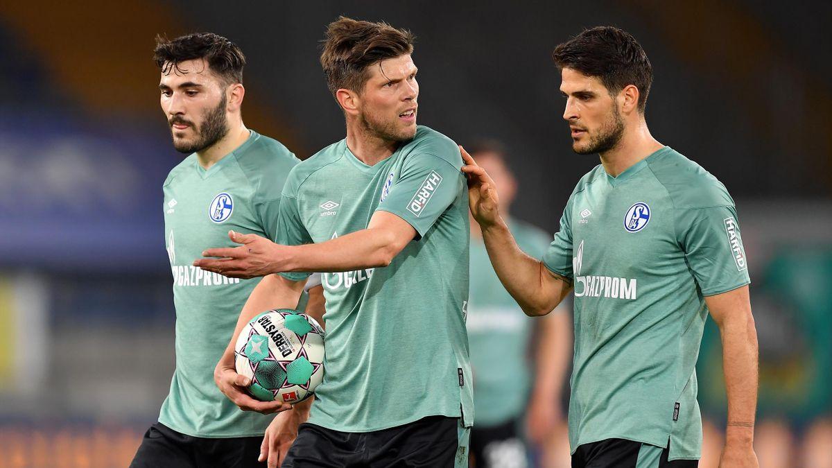 Sead Kolasinac, Klaas-Jan Huntelaar und Gonçalo Paciência (von links) - FC Schalke 04