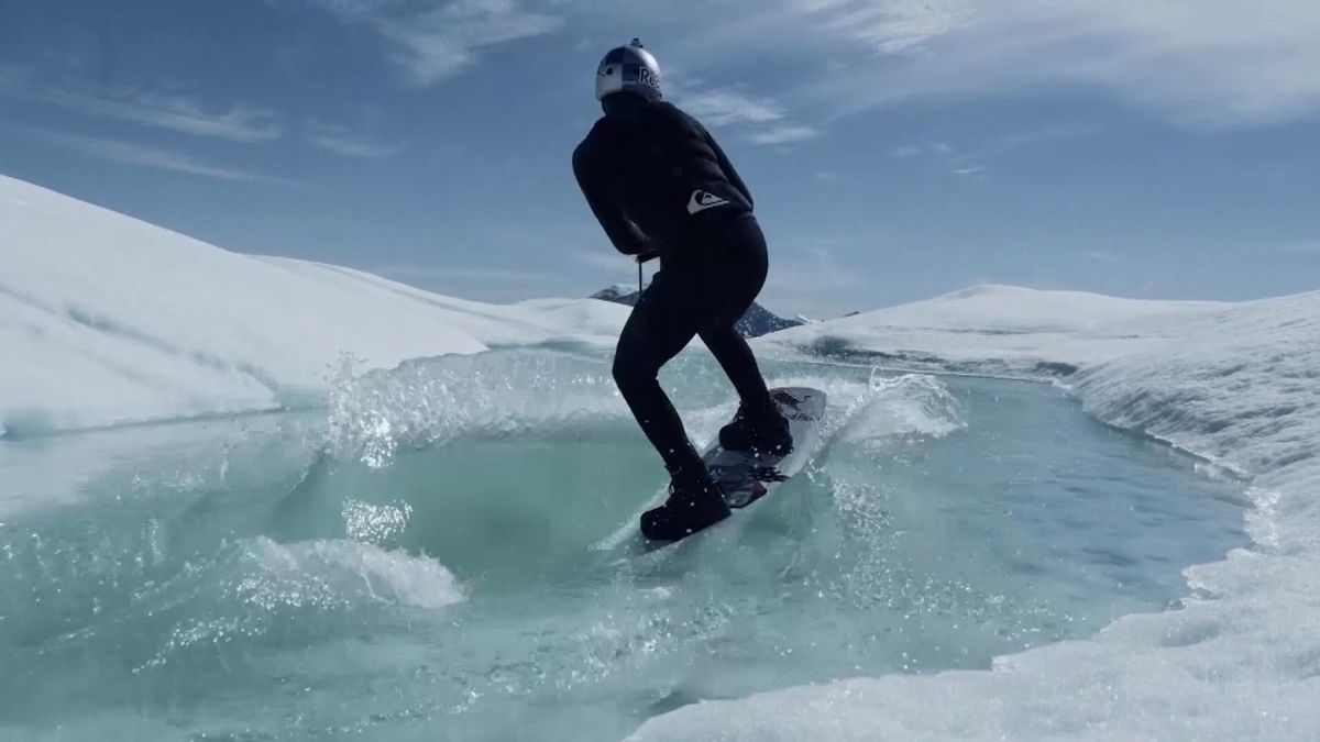 A russian wakeboards on icebergs - Nikita Martyanov
