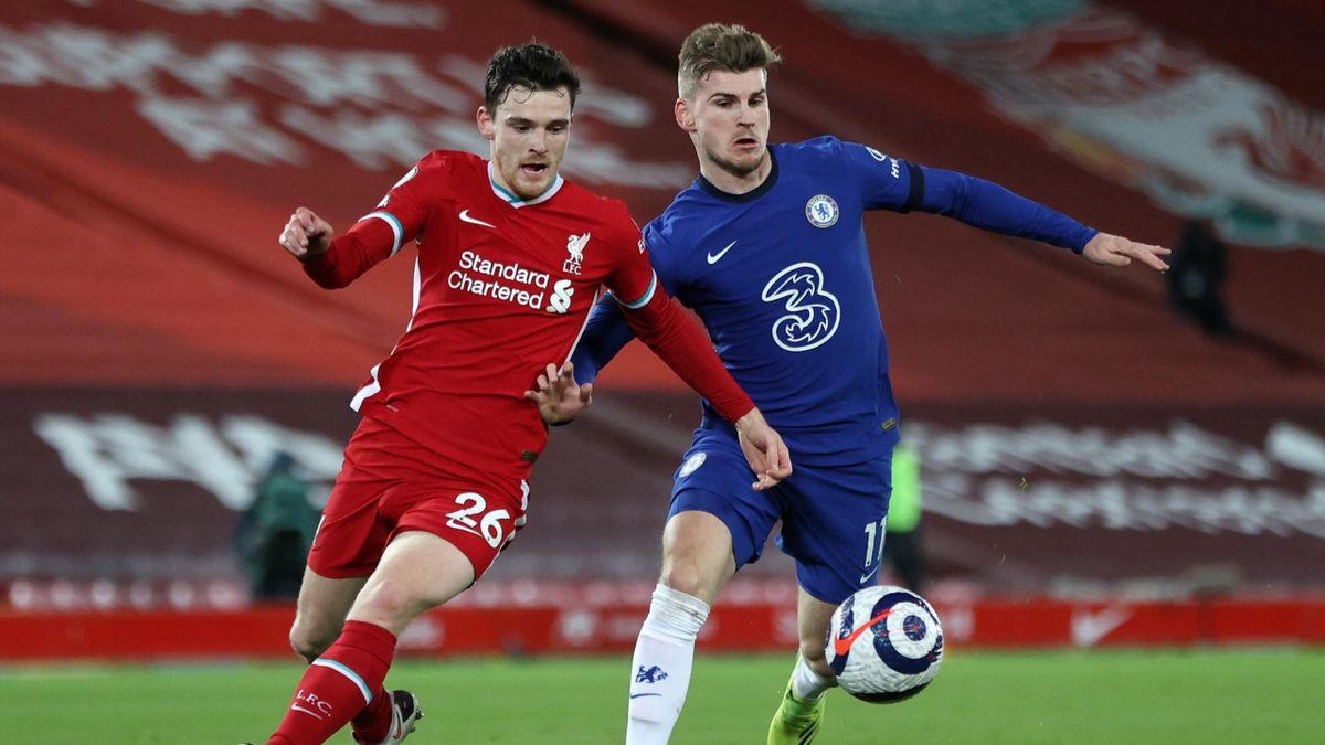 Andy Robertson vom FC Liverpool (l.) im Zweikampf mit Timo Werner vom FC Chelsea