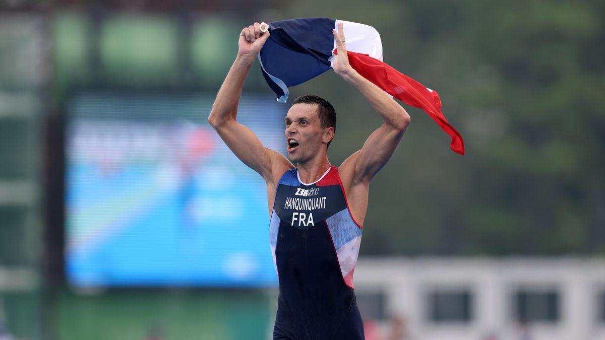 Alexis Hanquinquant sacré en para triathlon aux Jeux Paralympiques de Tokyo.