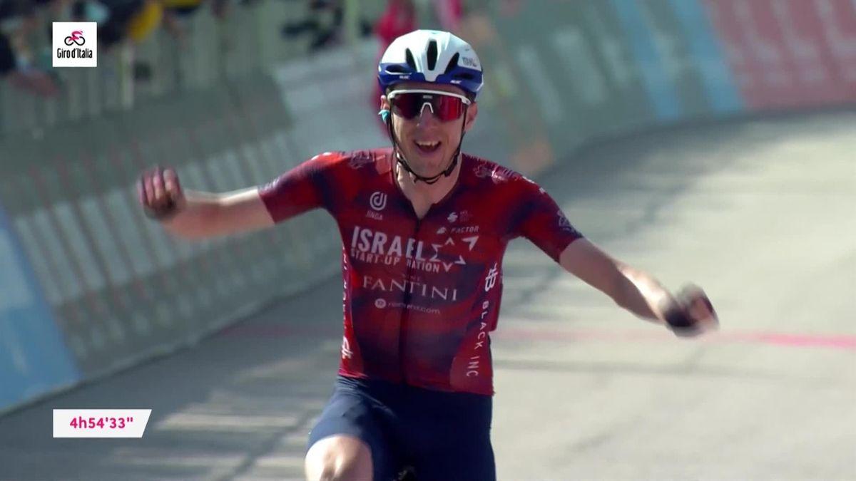 Stage 17 Highlights: Bumper day as Bernal cracks, Yates closes, Martin wins