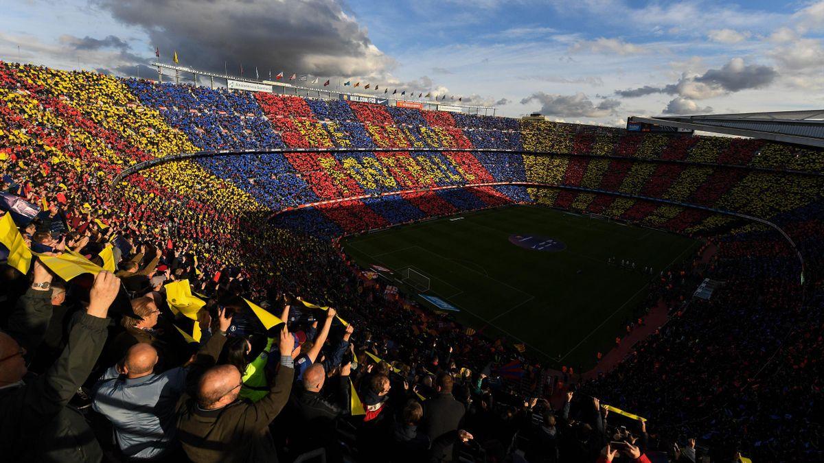 Auch der verschuldete FC Barcelona soll von dem Mega-Deal der Liga profitieren