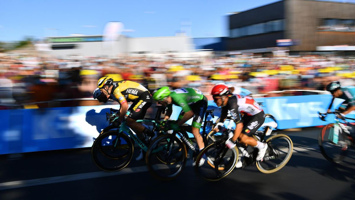 Sprint / Arrival / Caleb Ewan of Australia and Team Lotto Soudal / Sam Bennett of Ireland and Team Deceuninck - Quick-Step Green Points Jersey / Peter Sagan of Slovakia and Team Bora - Hansgrohe / Wout Van Aert of Belgium and Team Jumbo - Visma /