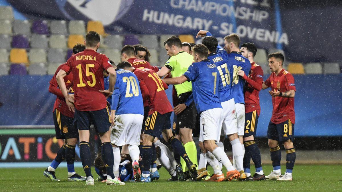 Spagna-Italia, Europeo 2021 Under 21: nervi tesi all'87' con le espulsioni di Gianluca Scamacca, Oscar Mingueza e Nicolò Rovella (Getty Images)
