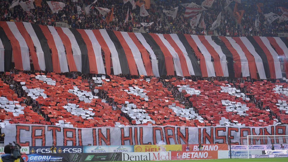 Coregrafia galeriei Dinamo in timpul meciului de fotbal contra formatiei FCSB din etapa a XII-a a Ligii 1, disputat pe Arena Nationala din Bucuresti, sambata, 5 octombrie 2019