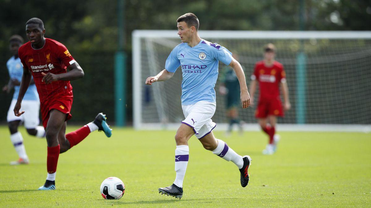 Charlie McNeill, Manchester City