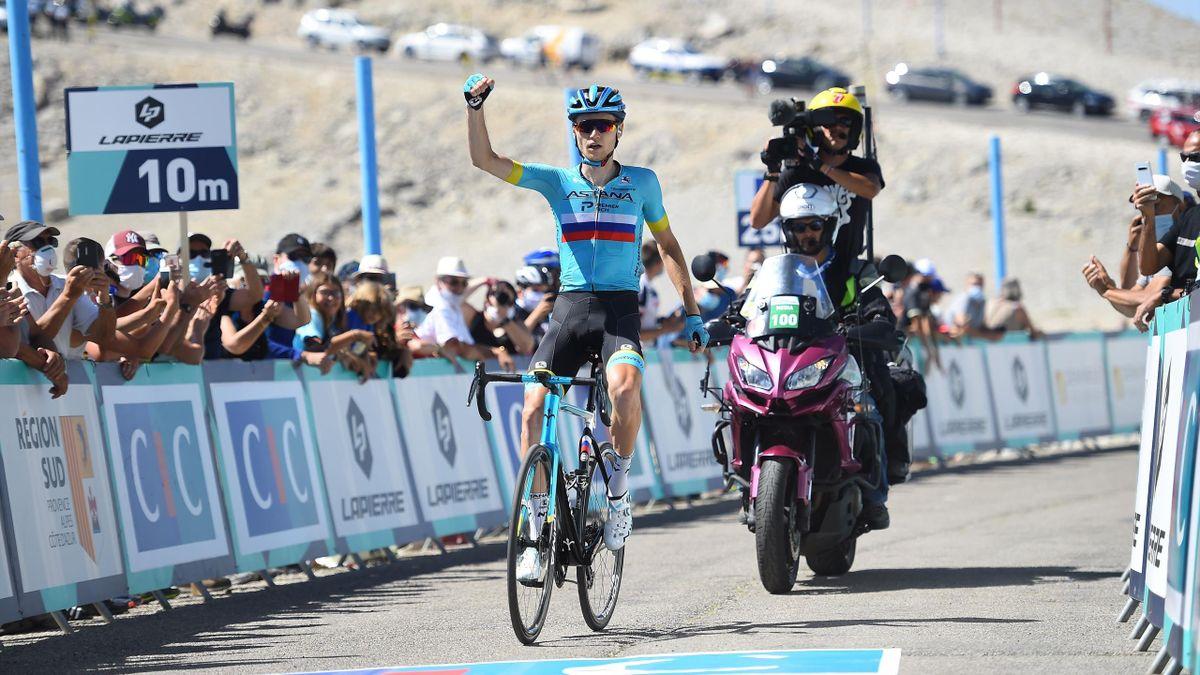 Aleksandr Vlasov (Astana) câștigând Mont Ventoux Challenge
