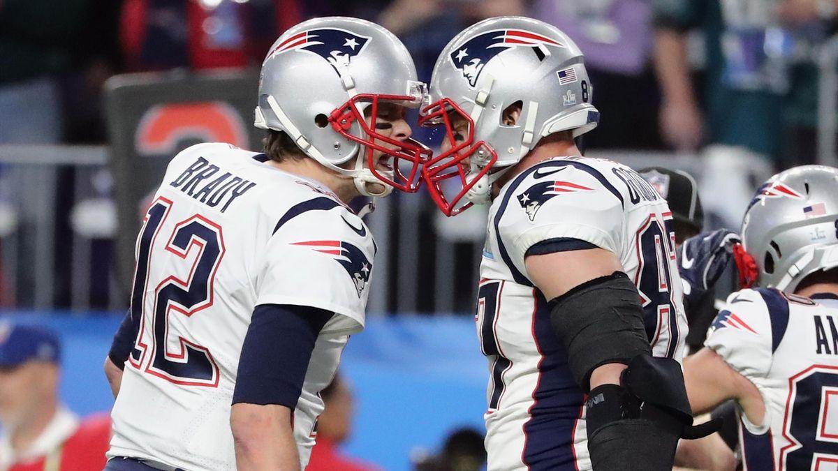 Tom Brady (links) feiert zusammen mit seinem kongenialen Partner Rob Gronkowski (rechts)
