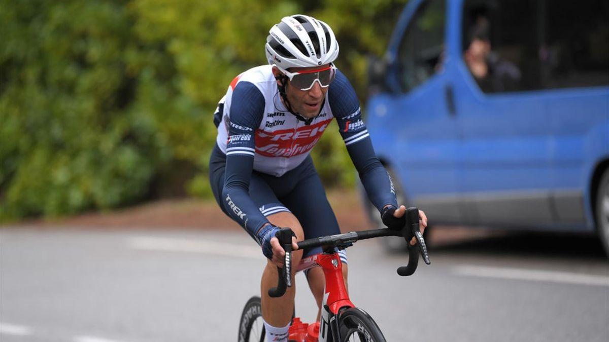 Vincenzo Nibali durante una tappa dell'Étoile de Bessèges 2021 - Getty Images