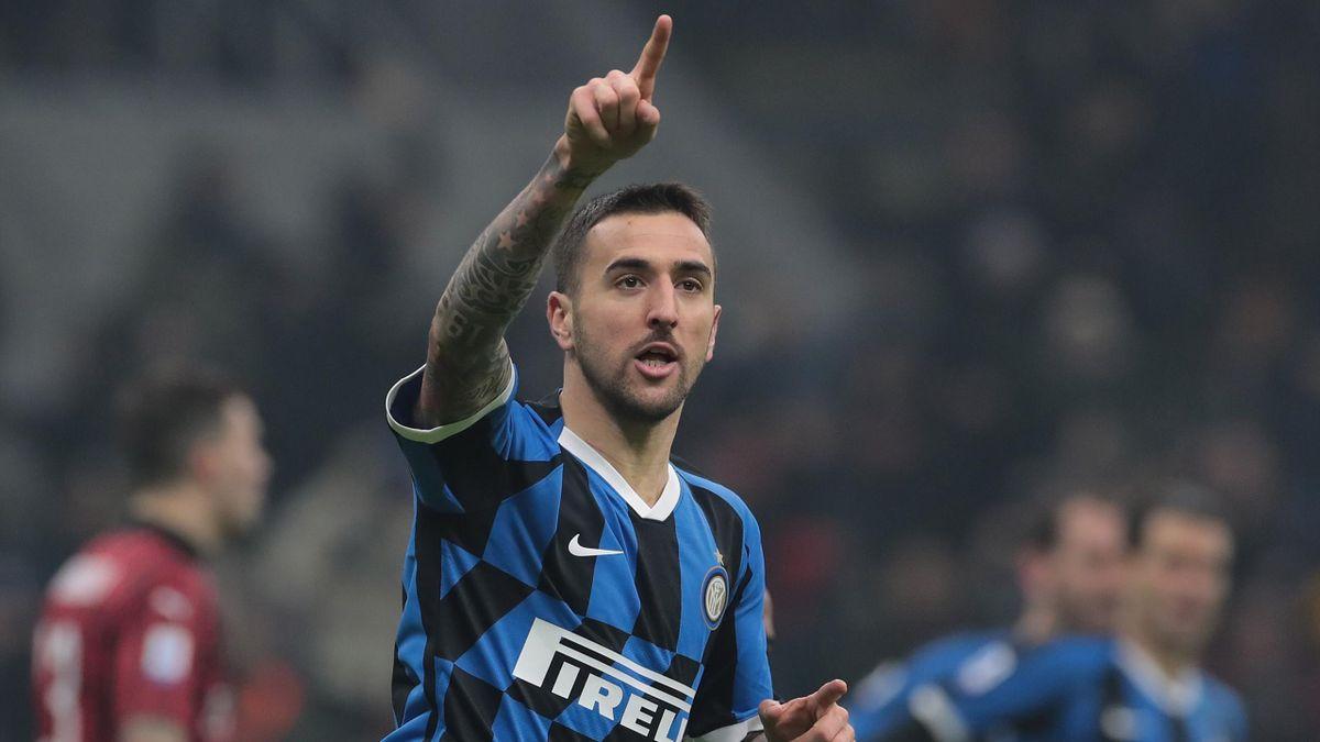 Matias Vecino esulta dopo il gol del 2-2 nel derby, Inter-Milan Getty Images