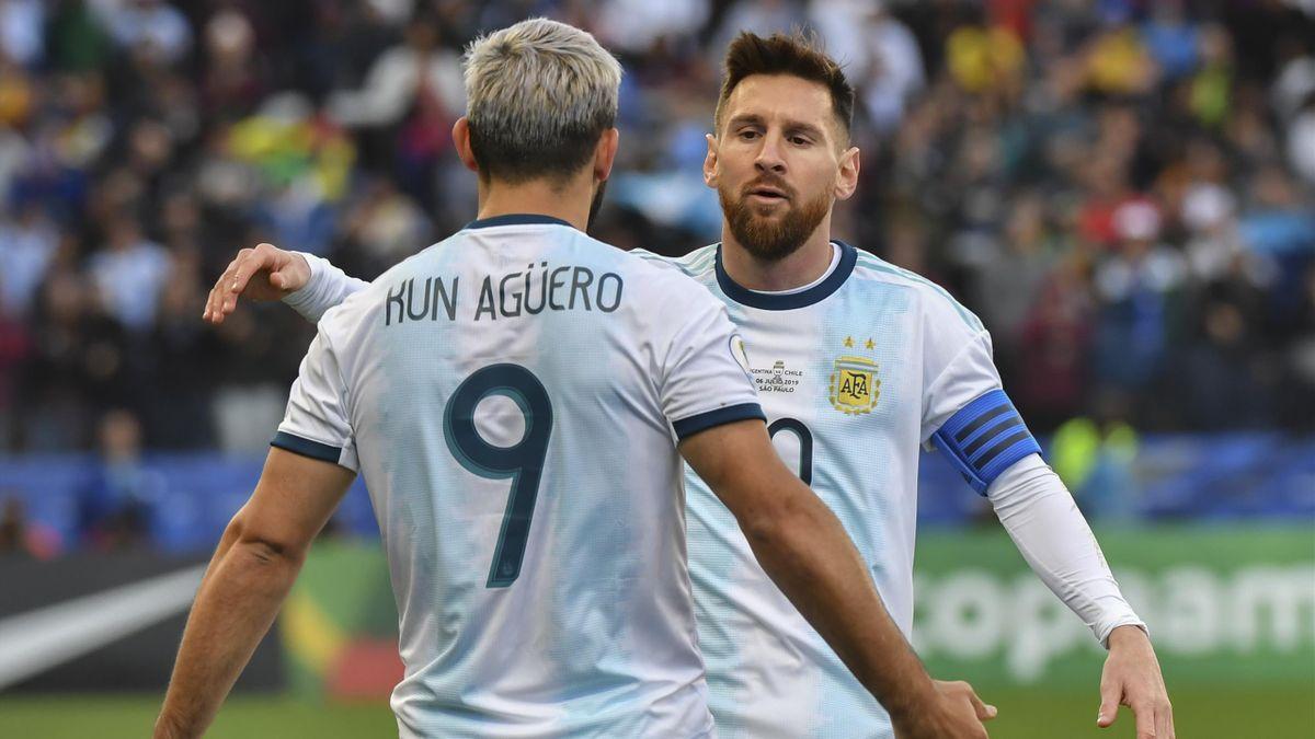 Sergio Agüero et ionel Messi lors d'un match opposant l'Argentine au Chili, le 6 juillet 2019, en Copa America