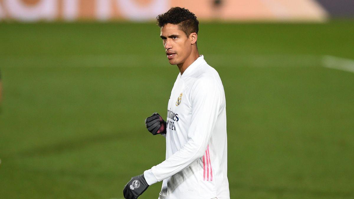 """Varane : """"C'est une façon de penser que l'on intègre vite à Madrid"""""""