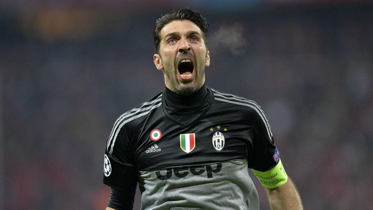 Gigi Buffon - Bayern v Juventus - Champions League 2016