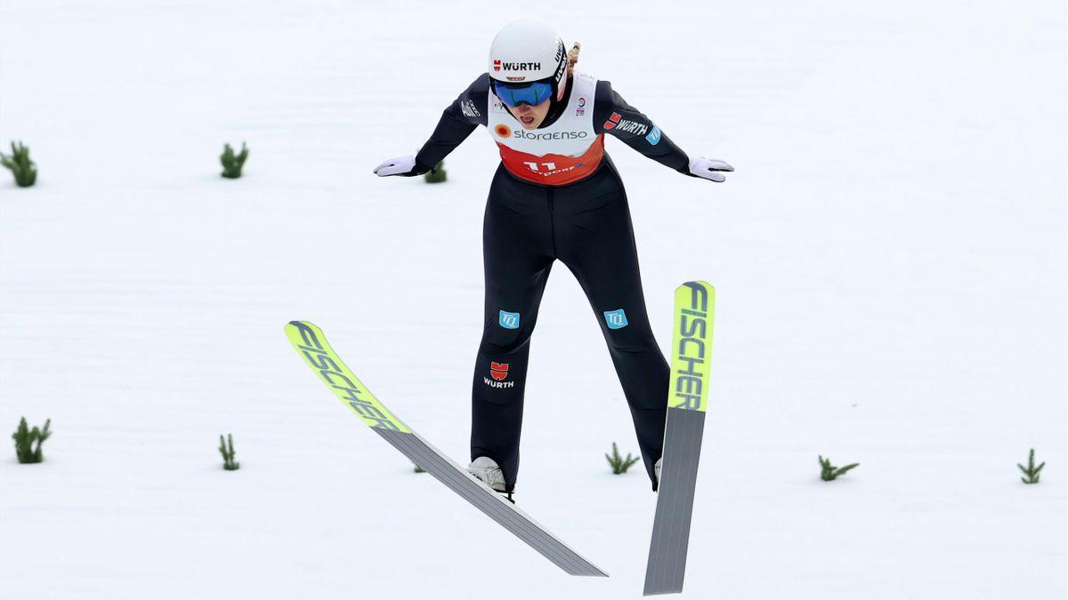 Svenja Würth bei der WM-Premiere in der Nordischen Kombination der Frauen in Oberstdorf