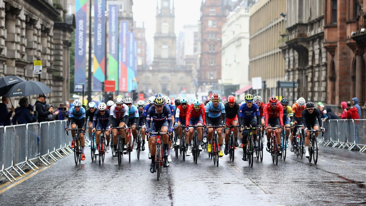 The Peloton rides in the Men's Road Race during the road cycling on Day Eleven of the European Championships Glasgow 2018