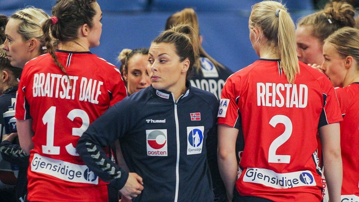 Nora Mørk fra Norge etter under OL-kvalifiseringskampen i håndball mellom Norge og Montenegro