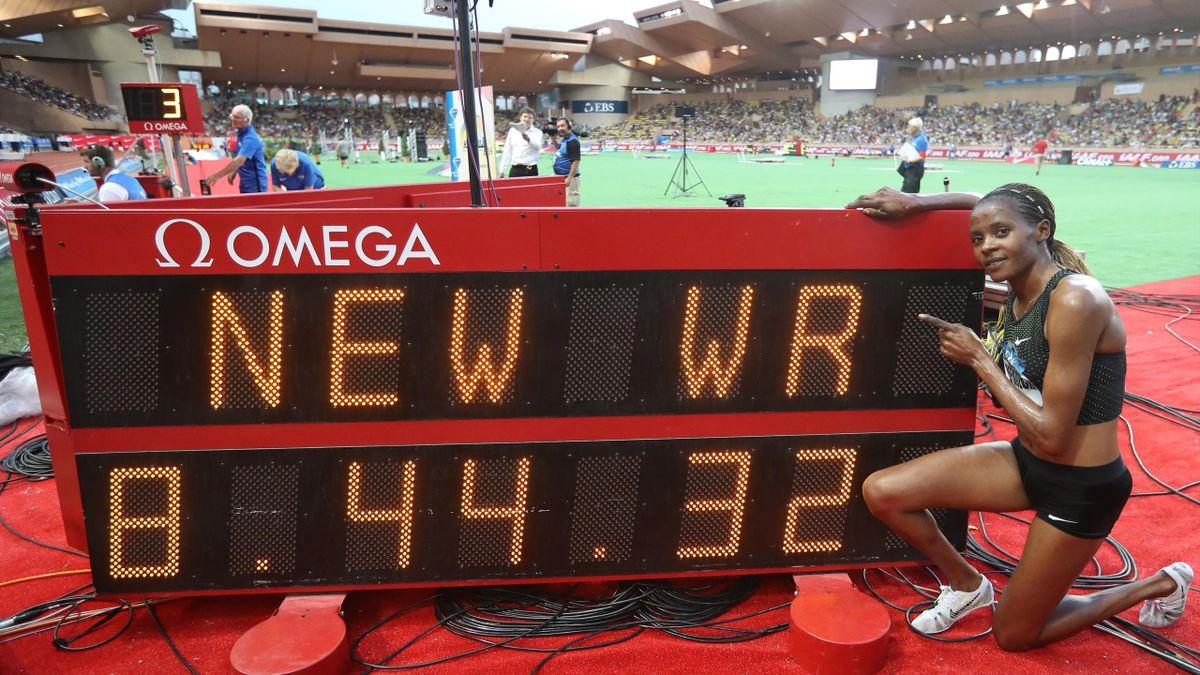 Beatrice Chepkoech stellt einen Weltrekord auf