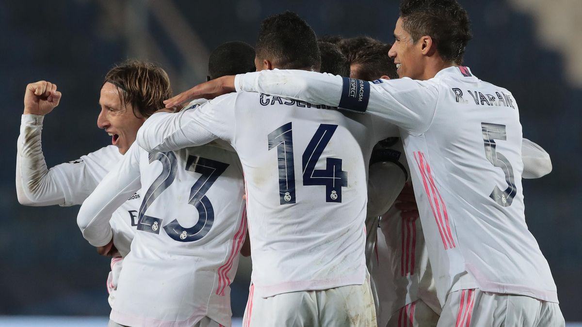 Real Madrid jubelt über das Siegtor bei Atalanta Bergamo