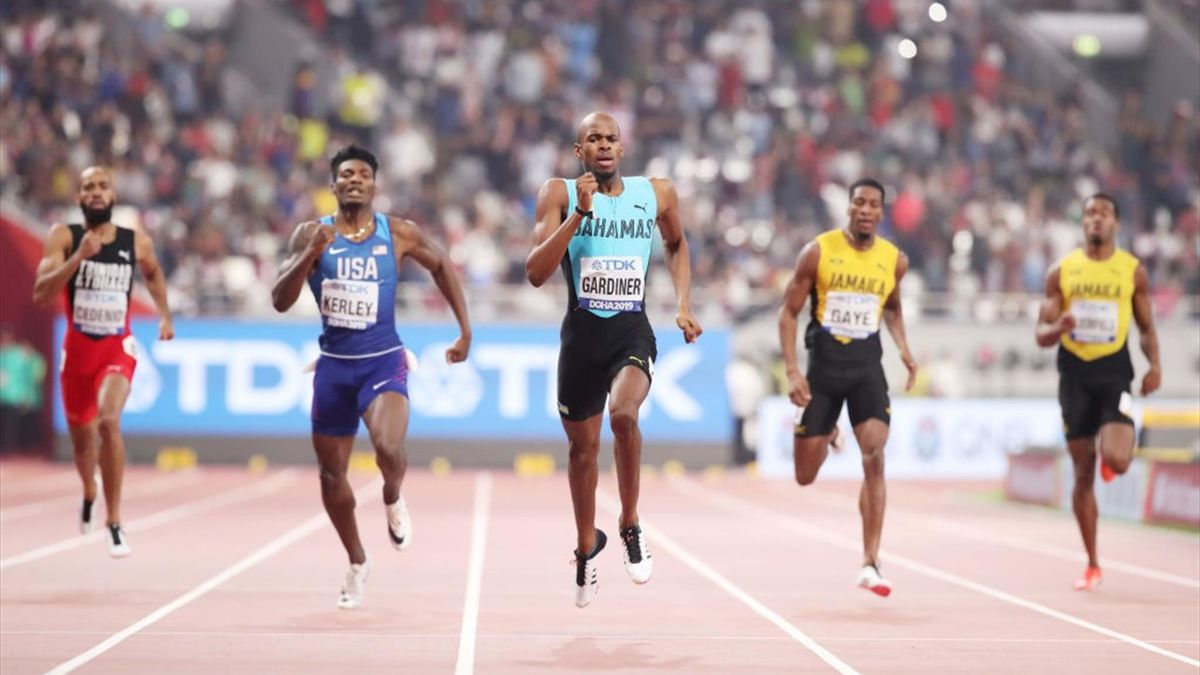 DOHA, QATAR - OCTOBER 04: Steven Gardiner of the Bahamas competes in the Men's 400 metres final during day eight of 17th IAAF World Athletics Championships Doha 2019 at Khalifa International Stadium on October 04, 2019 in Doha, Qatar. (Photo by Christian