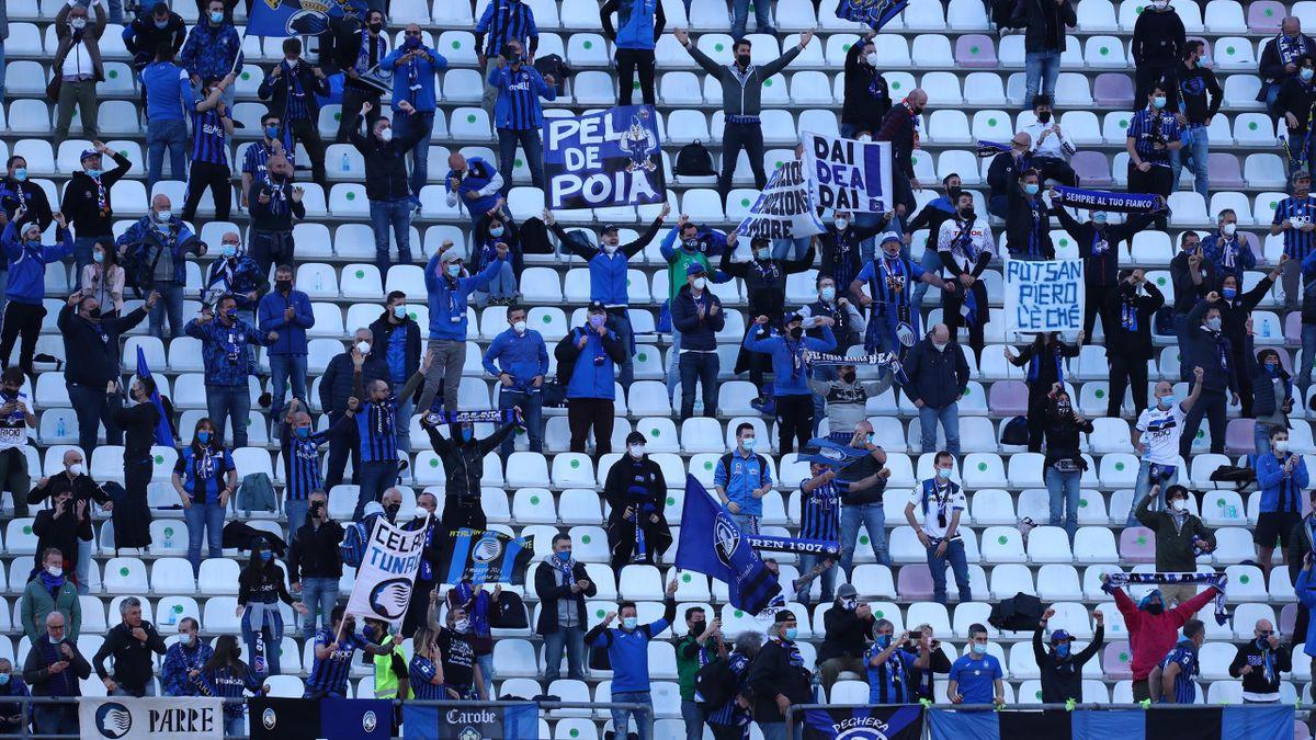 I tifosi dell'Atalanta presenti alla finale di Coppa Italia