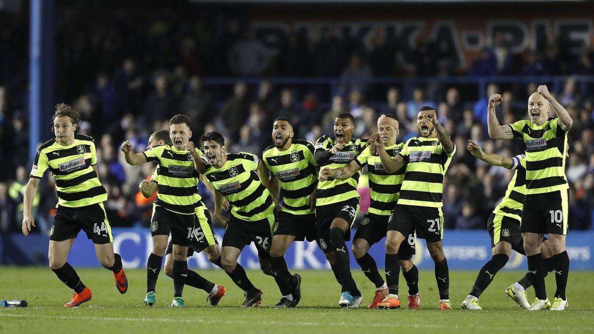 Huddersfield feirer