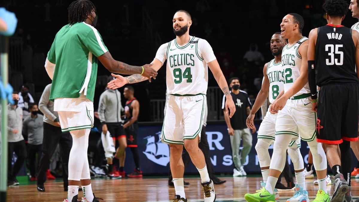 Evan Fournier sous ses nouvelles couleurs des Celtics de Boston