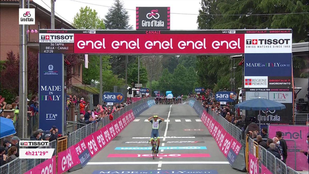'Even he can't believe it!' – Van der Hoorn wins Stage 3