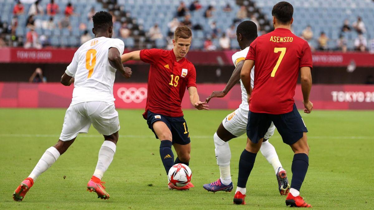 Dani Olmo (Spain) against Ivory Coast / Tokyo 2020