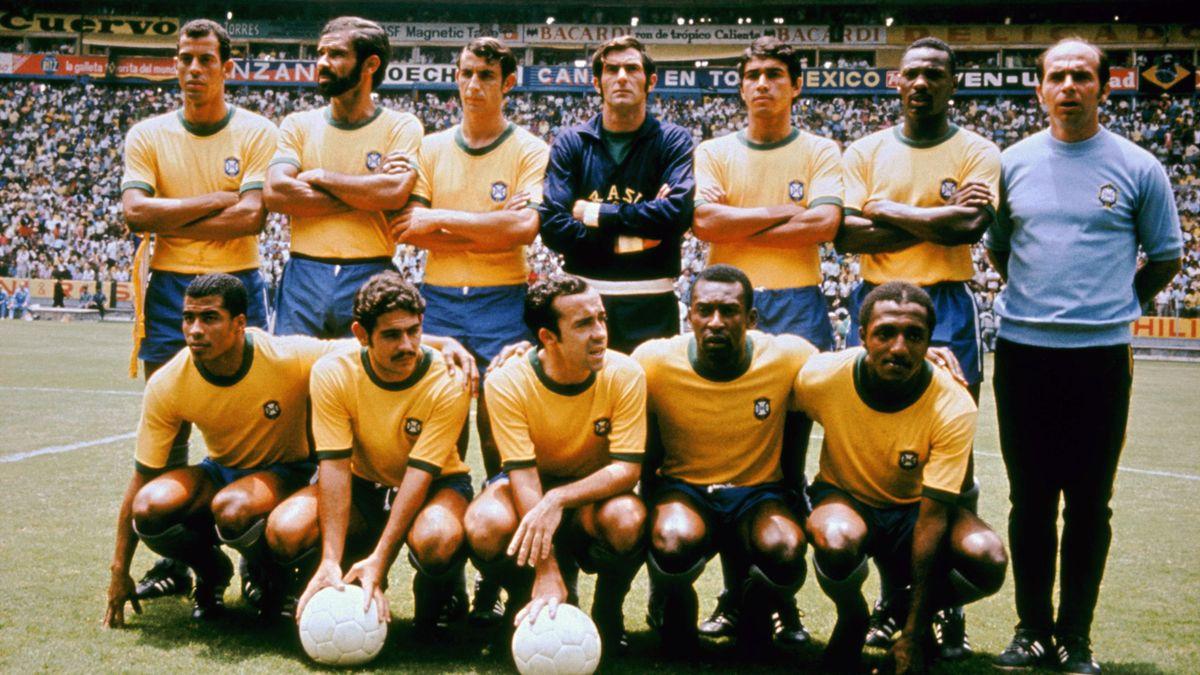 Brazil World Cup Team. Back Row L-R: Carlos Alberto, Brito, Wilson Piazza, Felix, Clodoaldo, Everaldo, Mario Zagalo. Front Row L-R: Jairzinho, Roberto Rivelino, Tostao, Pele, Paulo Cesar