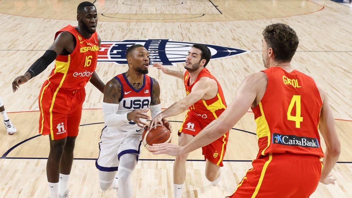 Damian Lillard (Team USA) au milieu de la défense espagnole durant le match de préparation aux JO de Tokyo Etats-Unis - Espagne