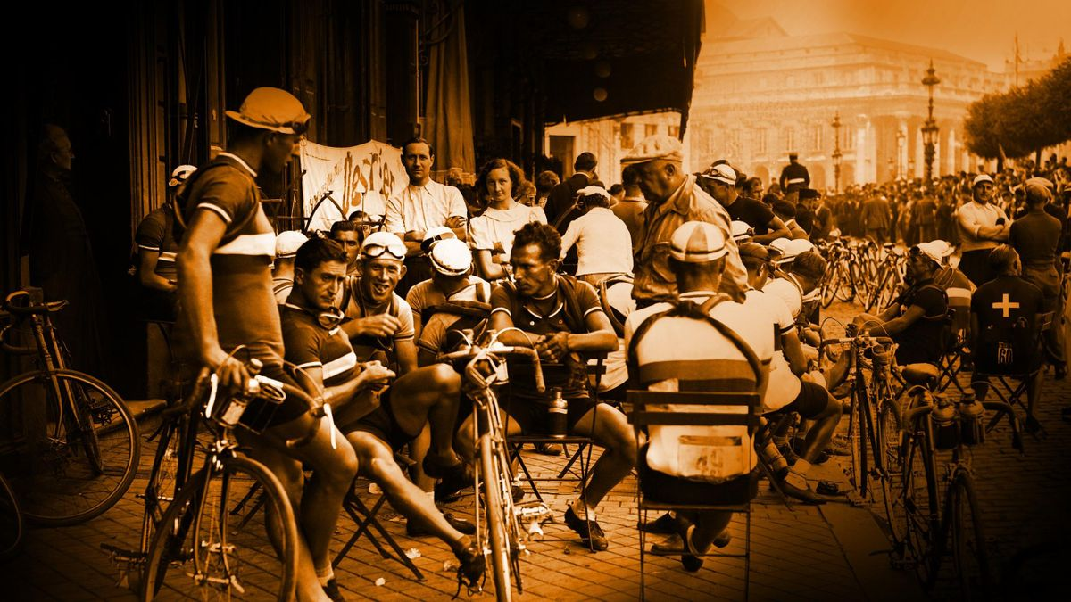 Sylvere Maes and the Belgian cycling team ahead of quitting the 1937 Tour de France in Bordeaux