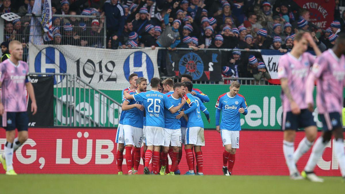 Holstein gegen Hamburger SV im November 2019 (2. Bundesliga)