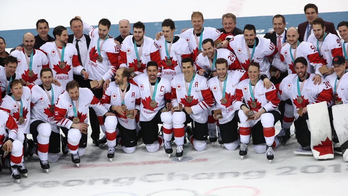 Сборная Канады с бронзовыми медалями Олимпиады-2018
