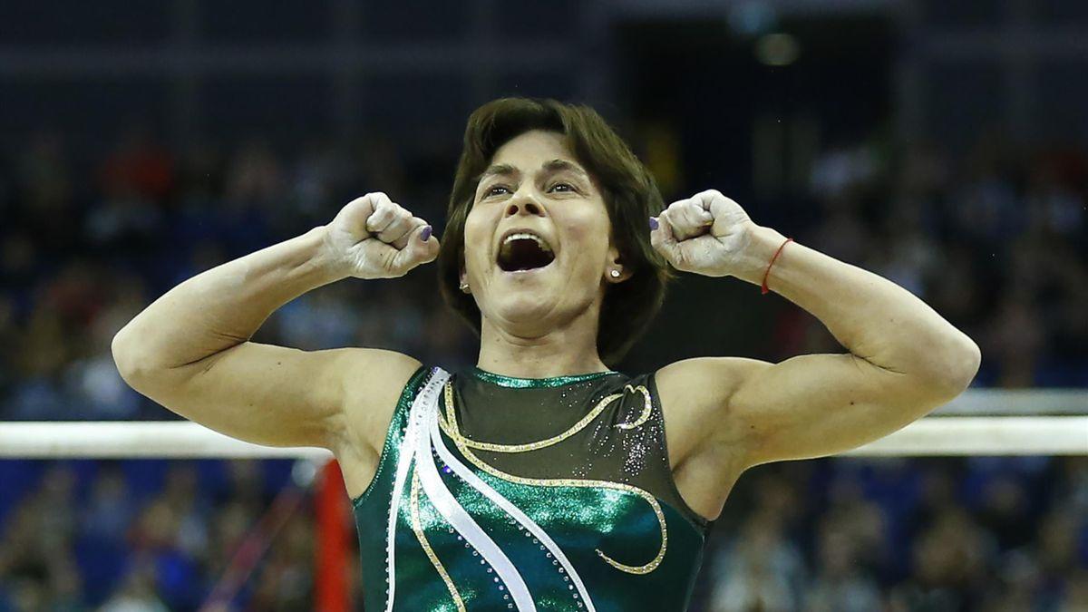 Oksana Chusovitina in gara alla The Superstars of Gymnastics at 02 Arena di Londra