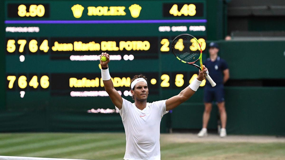 Rafael Nadal klopt Juan Martin Del Potro