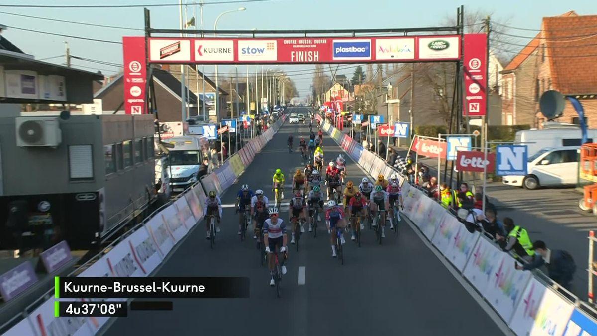 'Brilliantly timed!' – Pedersen leads Trek-Segafredo to victory