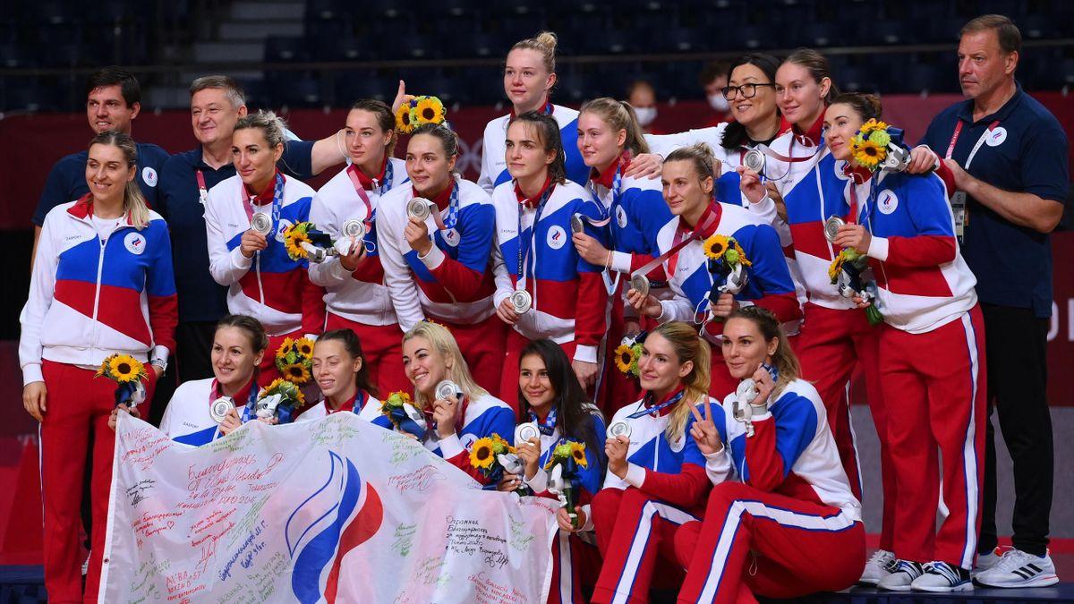 Женская сборная России по гандболу – серебряный призер Игр-2020