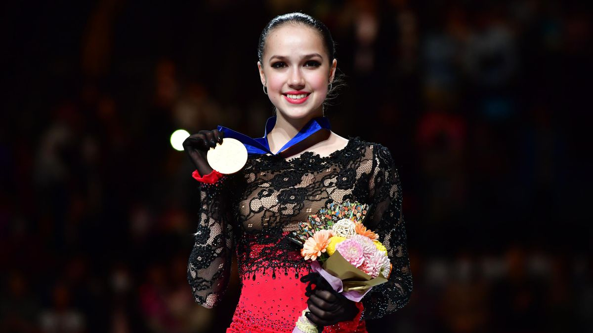 Gold medalist AlinaZagitova of Russia poses for photographs after the medal ceremony for the Ladies event on day three of the 2019 ISU World Figure Skating Championships at Saitama Super Arena on March 22, 2019 in Saitama, Japan